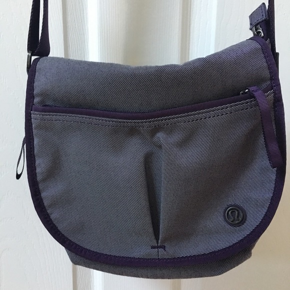 a13775de5c9 lululemon athletica Bags | Lululemon The Essentials Bag | Poshmark